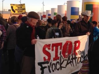 2015-12-09-11-49-16-Fracking