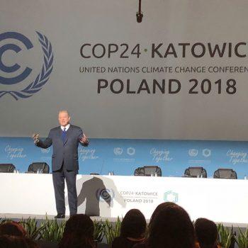 Al Gore presenting at COP24