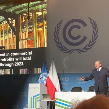 Al Gore presenting on building emissions