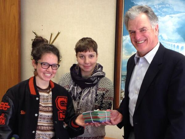 South high students deliver 400 post cards to Hennepin County Commissioner in support of Minneapolis waste reduction