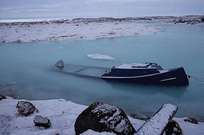 swamped-boat.jpg